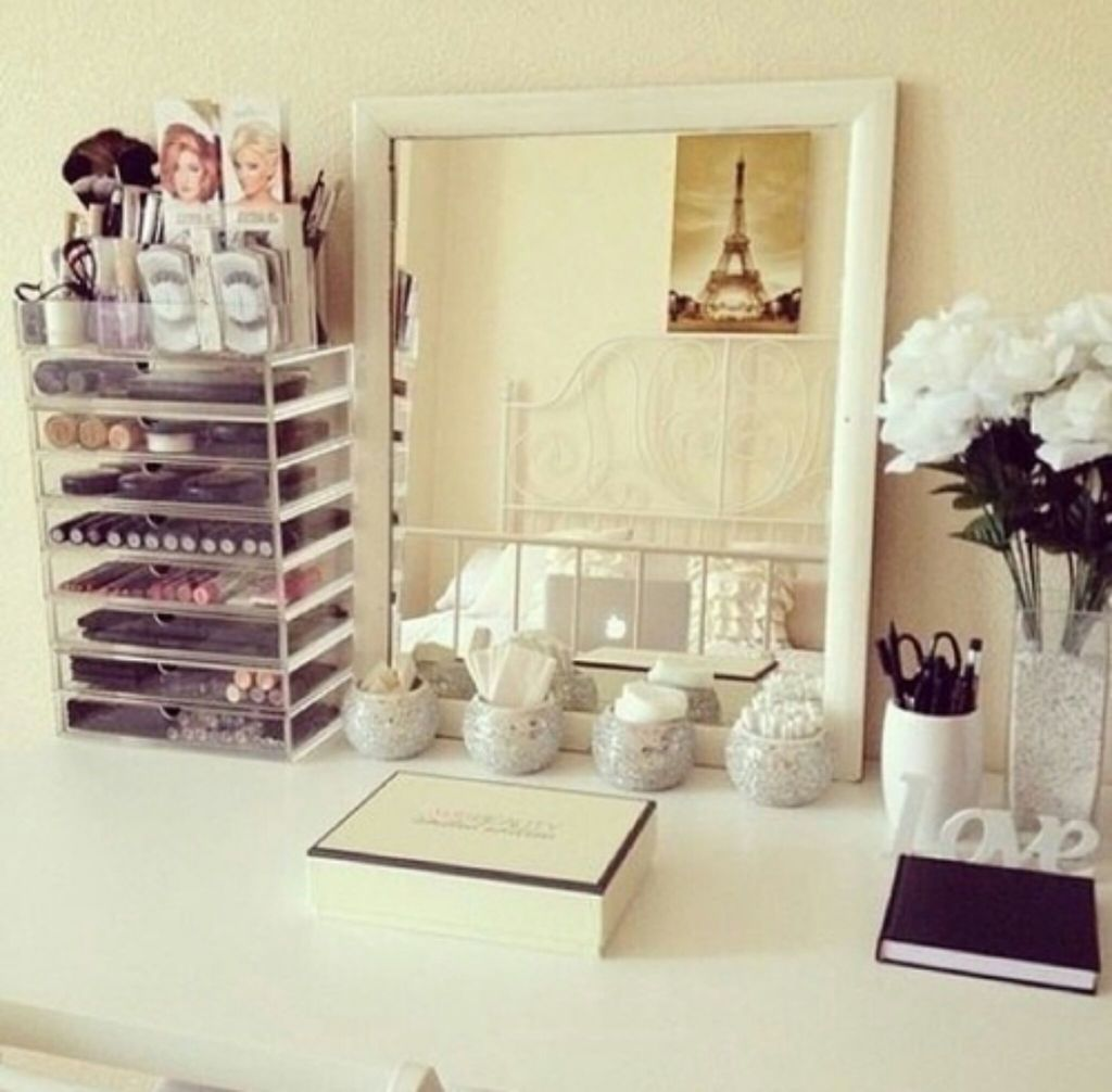 accessories, bedroom, candles and case