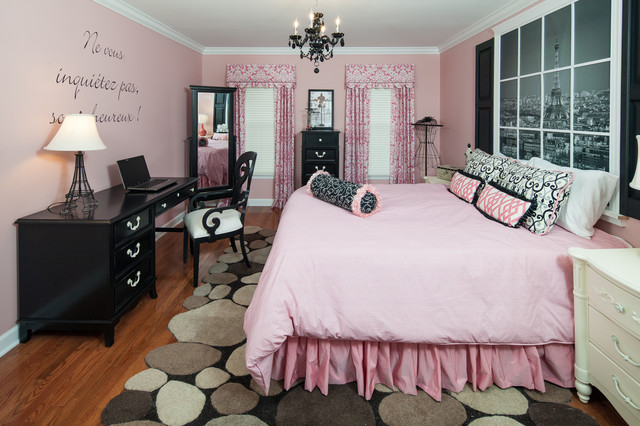 Feminine Pink Themed Teenage Bedroom Furniture Offering ...