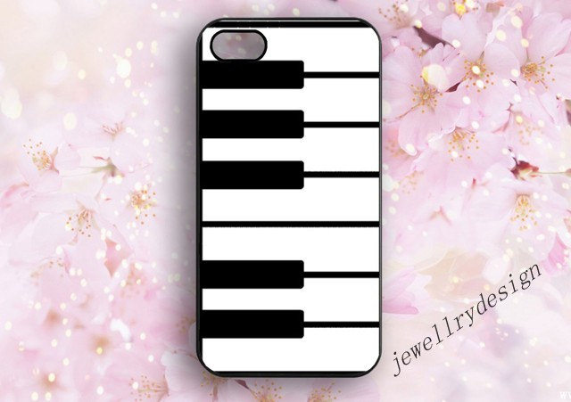 black and white, piano, piano keyboard and iphone 4/4s case