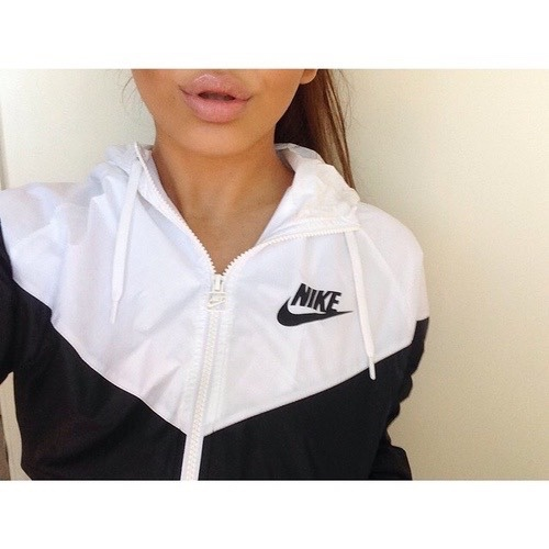 Nike Fille Swag