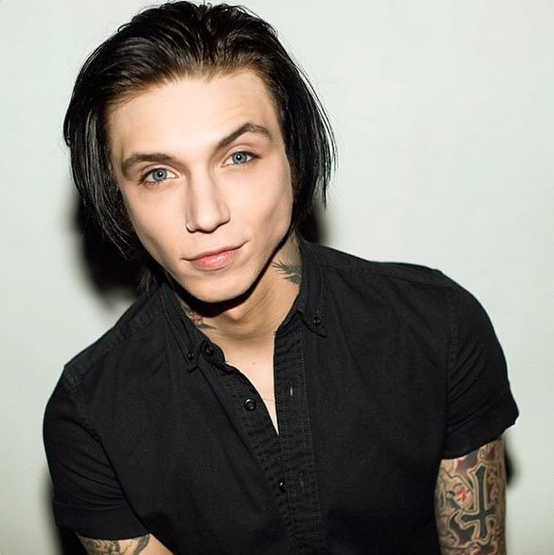 Andy Biersack Tumblr Image 2555325 By Taraa On Favim Com
