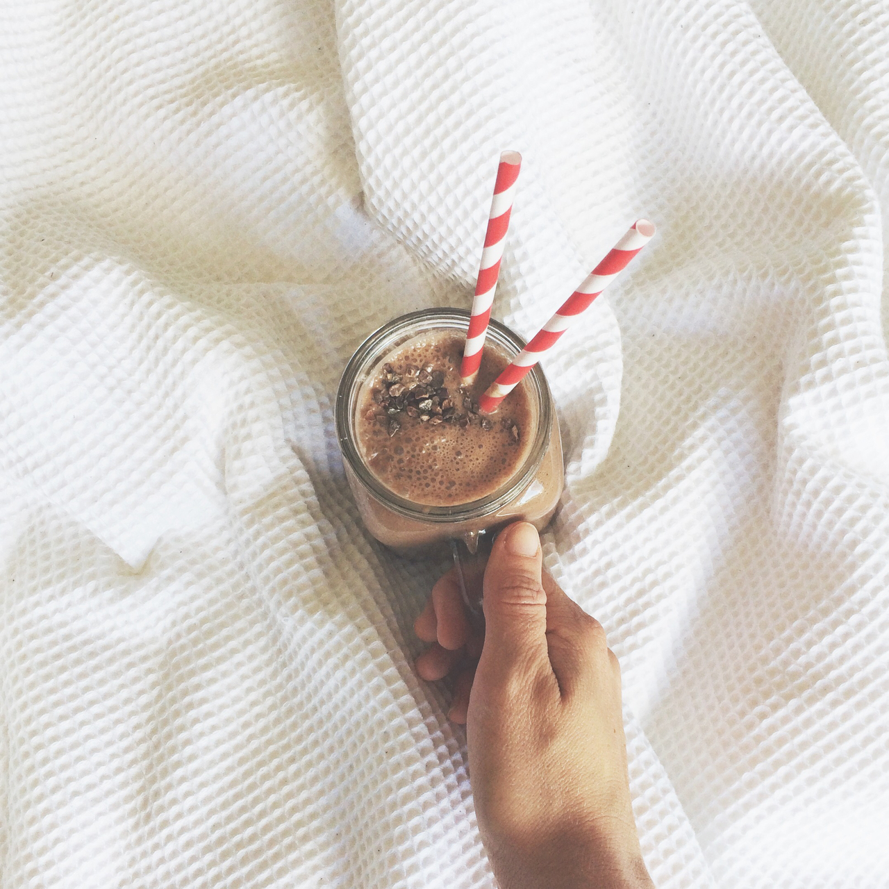 banana, blanket, breakfast, chocolate, cleaneating, glass, healthy, jar, linen, mason jar, peanut butter, peanutbutter, smoothie, straws, stripes, white, masonjar, dairyfree