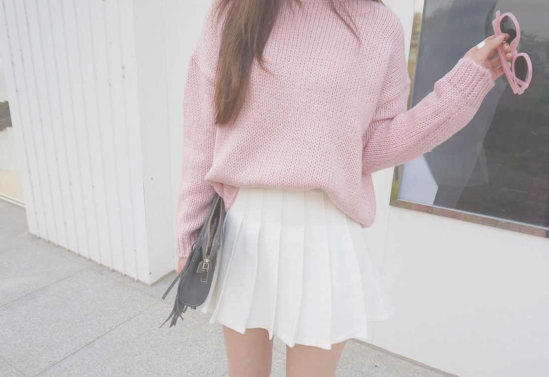 000, bag, clothes, clothing, fashion, girly, glasses, grunge, kfashion, knit, look, outfit, photo, photography, pink, pretty, skirt, sunglasses, sweater, vintage