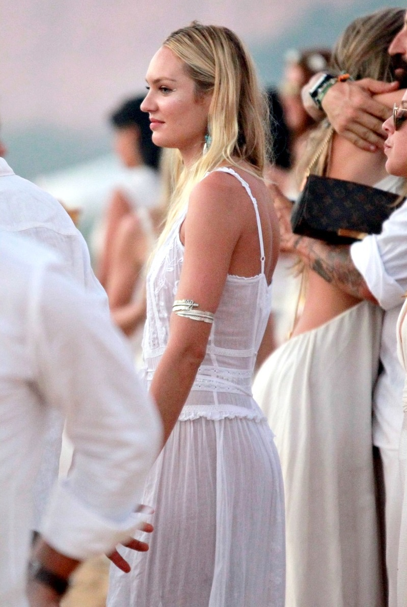 beautiful, beauty, bombshell, candice, candice swanepoel, girl, gorgeous, model, photo, picture, queen, so beautiful, supermodel, swanepoel, top model, vs angel, vs model, white, angelcandices, angelcandice, candice pics