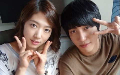 cute, jung yong hwa, park, shin-hye, First Set on Favim.com