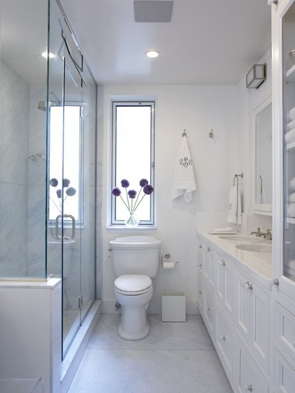 Classical Bathroom Idea by Janell Beals | Pichomez.com 2012 | Architecture | Home Design | Interior and Decorating Ideas