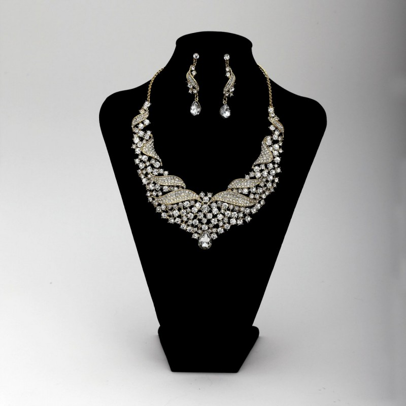 beautiful, bib necklace set, crystal and crystal wedding jewelry set