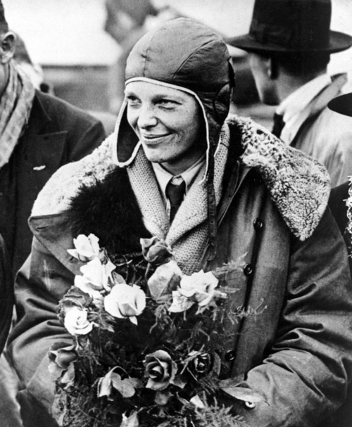 amelia earhart, american, aviation, aviator, black and white, hero, photography, pioneer, plane, woman