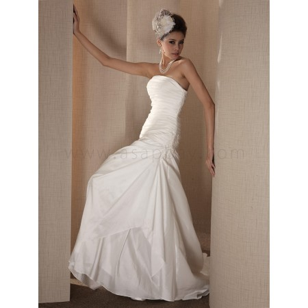 beading attractive gorgeous strapless a line taffeta ivory sweep/brush train wedding dress