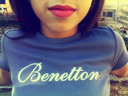 benetton, lips, purple, sexy, t-shirt