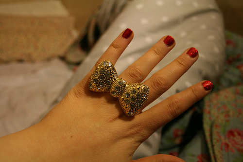 bow, gold, jewelry, nails, red