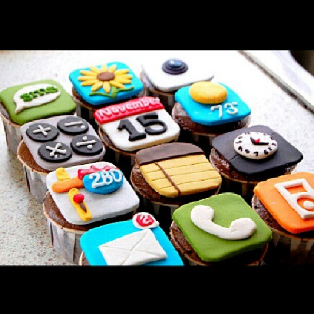 cupcake, iphone, colorful, cool, telephone