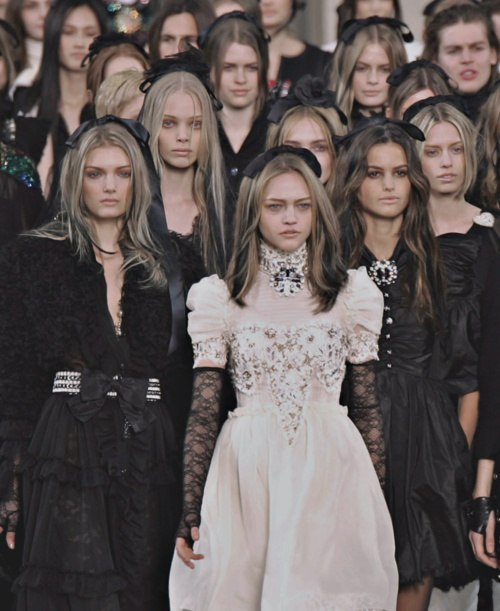 black, creepy, dark, fashion, girls