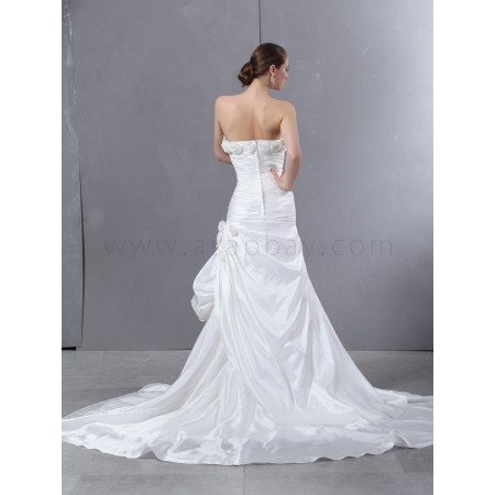 fashion cute ivory taffeta trumpet/mermaid sweetheart chapel train wedding dress