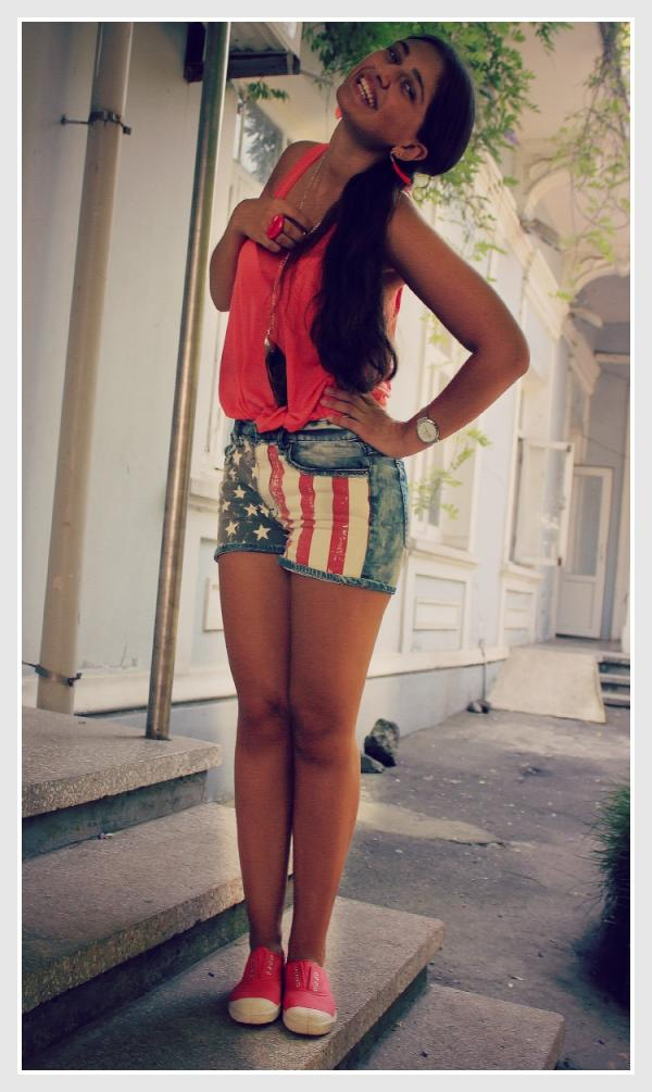 fashion, girl, hair, brunette, shorts