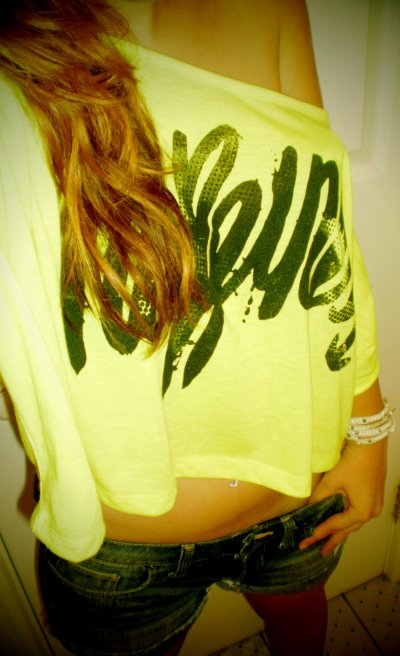 cute, girl, hair, hapinness, shorts, skin, sweet, yellow