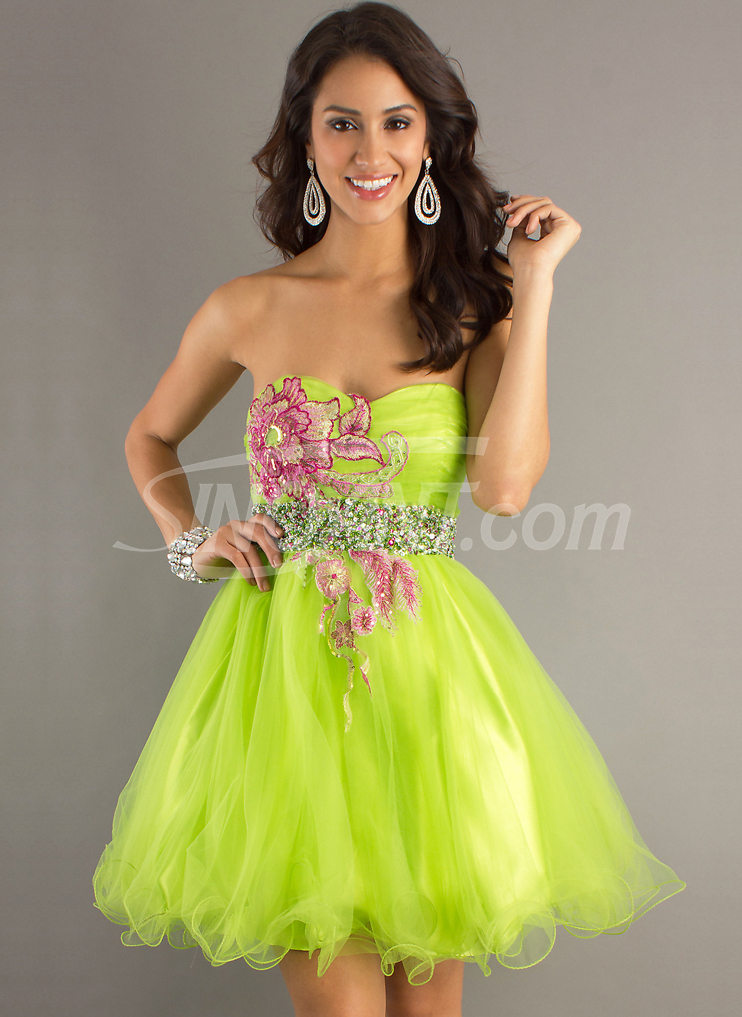 homecoming-dress-prom-dress-graduation-dress-girl-fashion-Favim.com ...