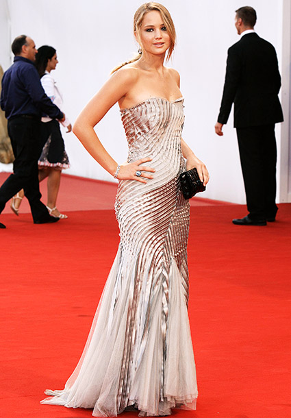 jennifer lawrence, venice, premiere, 2010, dress