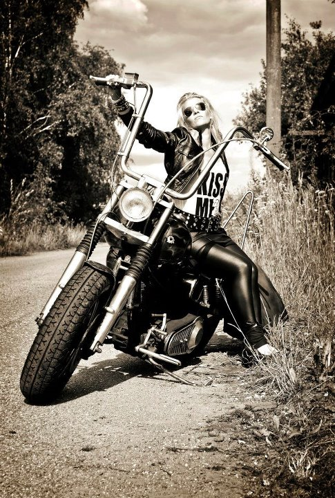 bad, badgirl, bikergirl, blackwhite, fashion, kristel peters photography, motorcicle