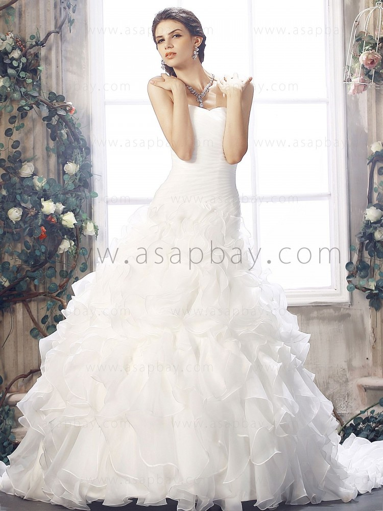 pick ups dream sweetheart ivory chapel train ball gown wedding dress Favim.com 507066 - Ball Gown Wedding Dresses