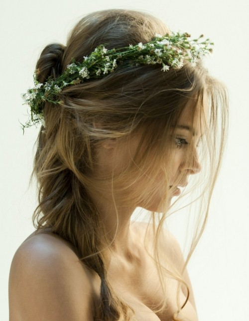 sexy fashion hairstyle girls love in summer