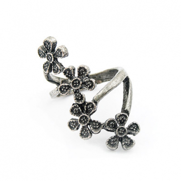 accessories, beautiful, fashion jewelry, fashion ring, floral, floral ring, flower, jewelry, original, ring, shine, shine accessories, unique, vintage, vintage inspired, vintage jewelry, vintage ring, vintage style