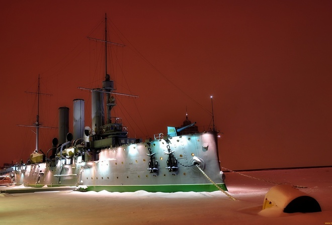 ships, the cruiser aurora, night