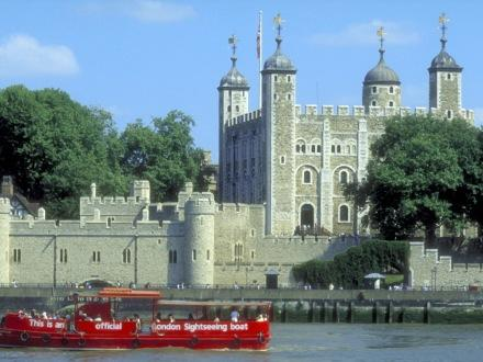 architecture, boat, britain on view, photography, red, tit, tower of london, uk