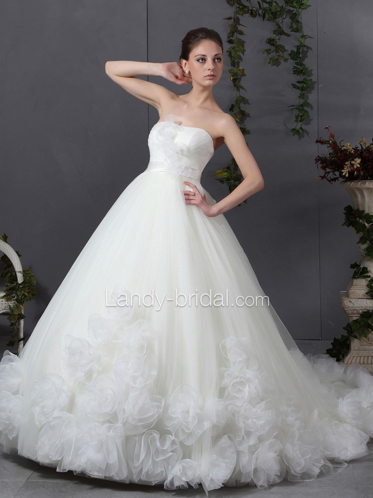 Welcome new post has been published on for Wedding dresses for young girls