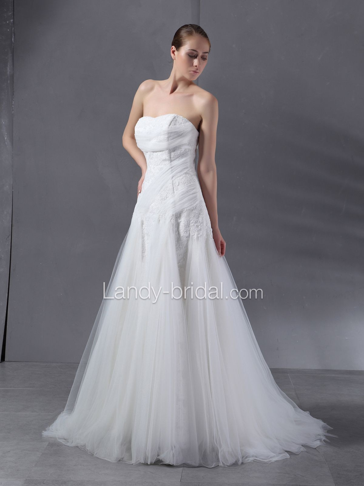 Wedding dresses for big busted women wedding dress for Wedding dresses for big busted women