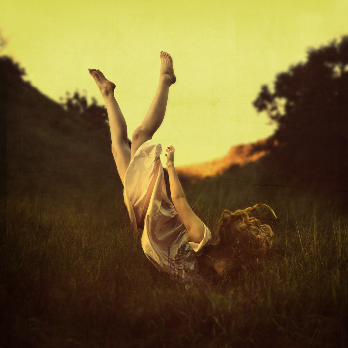 brookeshaden, levitation, floating, field