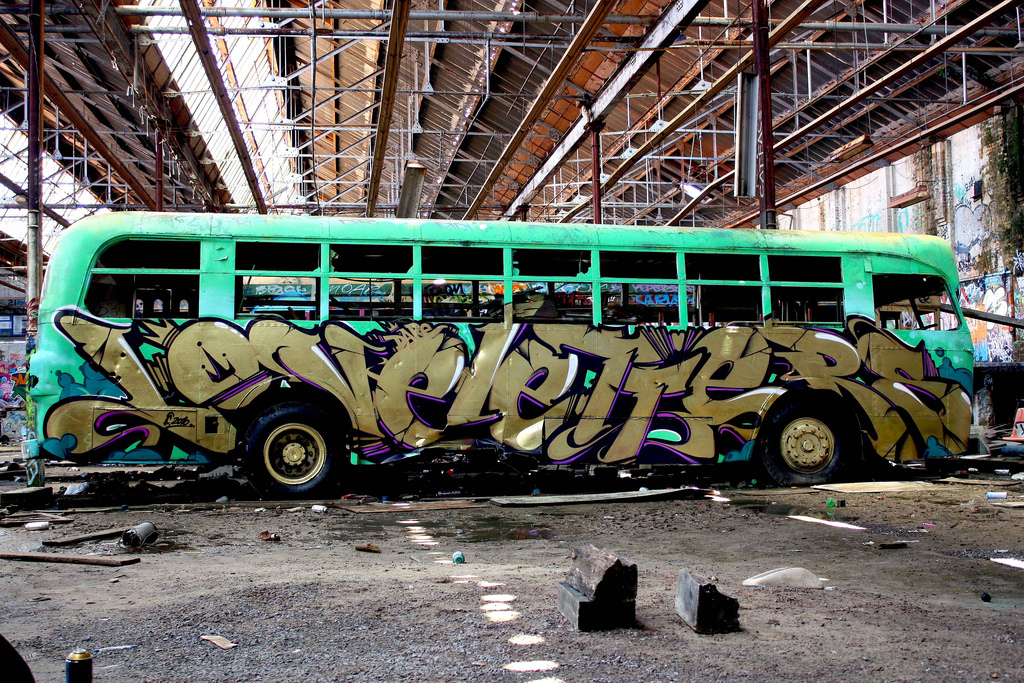 Ironlak, Graffiti, LoveLetters, Does