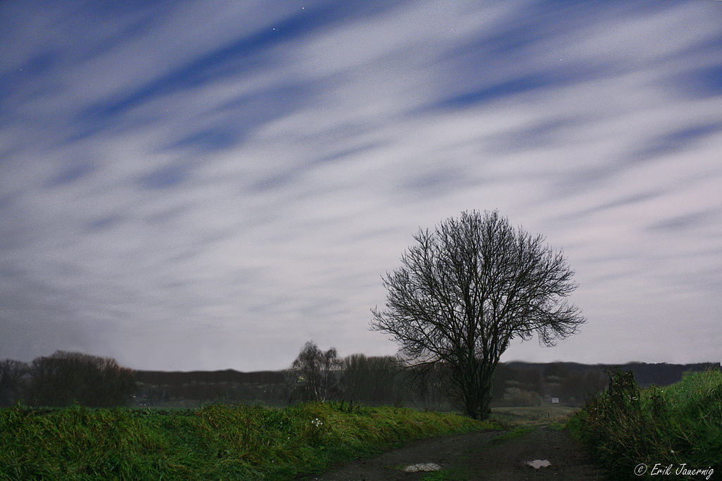 night, sky, moving clouds, long exposure