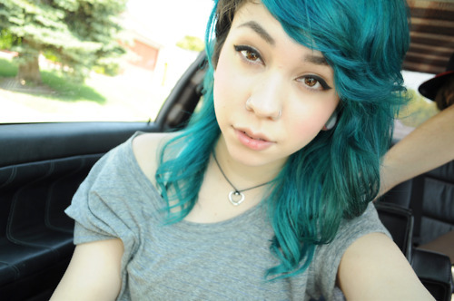 -uhhleeseeuhh, adorable, alicia medina, alternative, amazing, aww, blue, blue hair, cute, famous, fashion, girl, gorgeous, hair, hair style, model, photography, pretty, style, uhhleeseeuhh
