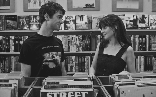 500 days of summer, black and white, blackandwhite, boy, couple, cute, friends, girl, kiss, love, photography, vintage