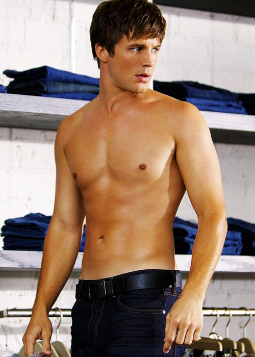 90210, body, boy, guy, hot, liam, matt lanter, sunkissed, tan
