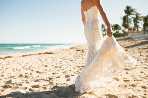 amazing, beach, bish, couple, dress, elegant, fashion, gorgeous, heart, hug, inspiration, lace, love, lovely, mermaid, pastel, summer, sunset, wedding, wedding dress, white