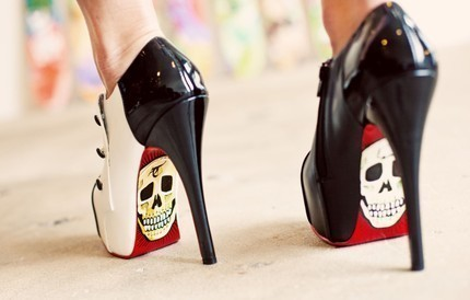 amazing, beautiful, cute, dark, dress, everything, girl, model, photo, photography, pretty, rock, shoes, skull