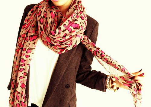 animal print, blazer, classy, gold, leopard print, leopard print scarf, outfit, pink, pretty, scarf