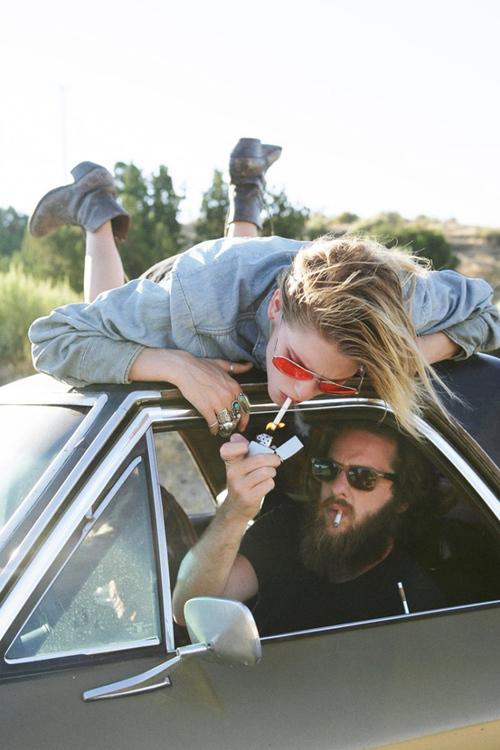 ashley smith, blonde, boy, car, cigarrette, cool, girl, glasses, model, smoke