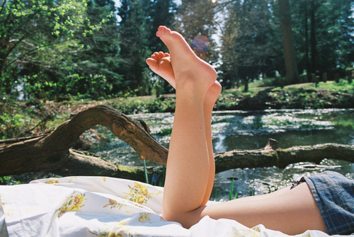 awesome, beautiful, clothes, fashion, feet, girl, hipster, indie, lake, landscape, legs, nature, photo, photography, picnic, pretty, summer, sun, tumblr, waves