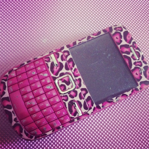 background, black, case, cell, cover, cute, girly, i want, leopard, love, neon, nokia, nokia c3 fudido, ondessa, pattern, phone, pink, pretty, white