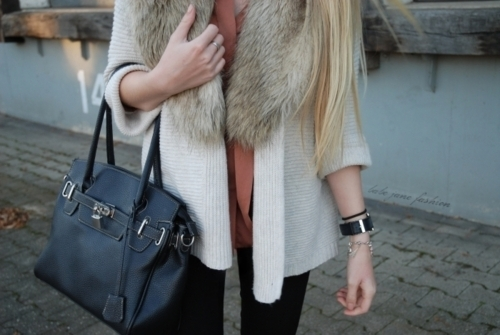 bag, blond, bracelets, fashion