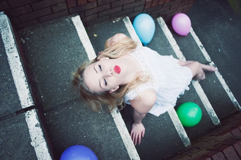 ballons, fashion, kiss, lipstick