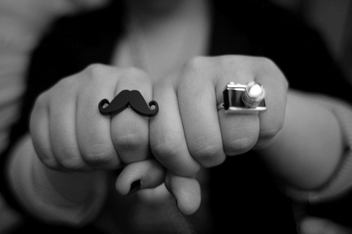 b&w, black and white, camera, cool, cute, fashion, girl, gorgeous, great, hands, mustache, nice, photography, rings, vintage