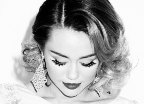 beautiful, black and white, earings, eye lashes, eyes, hair, lashes, lips, makeup, miley, miley cyrus, perfect, pretty