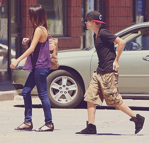 beautiful, boy, candid, couples, cute, girl, jelena, justin bieber, love, lovely, photography, pretty, selena gomez, sexy, true love