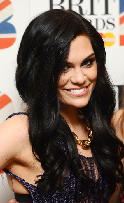 black hair, brit awards, hair, hairstyle