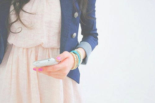 blue, bracelets, brunette, colors, fashion, girl, nails, phone, pink, xjolien