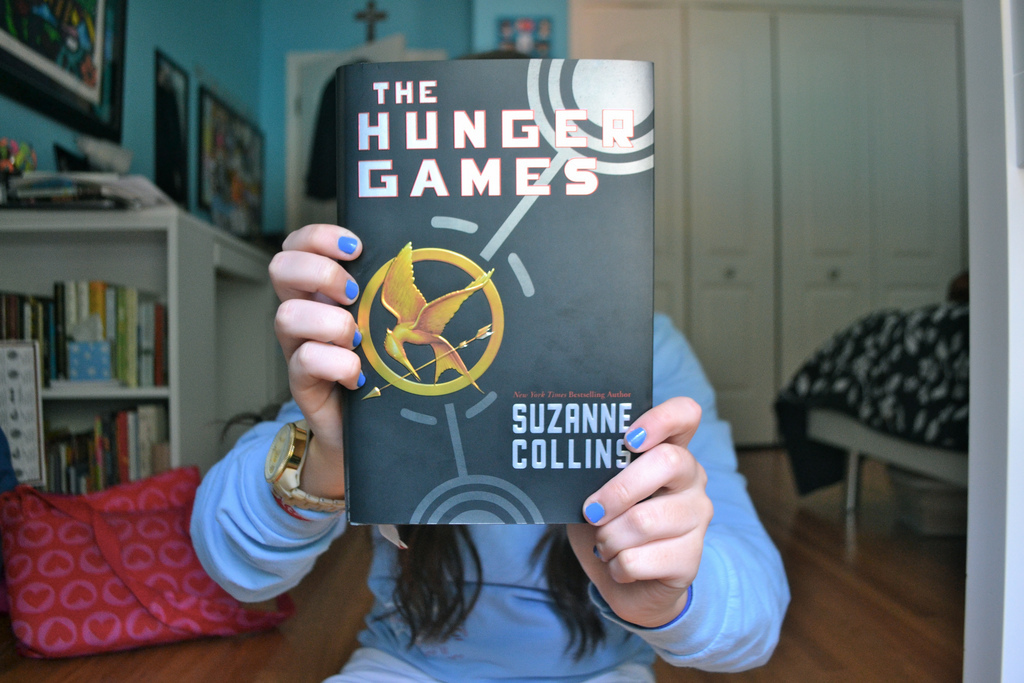 book, girl, photography, the hunger games